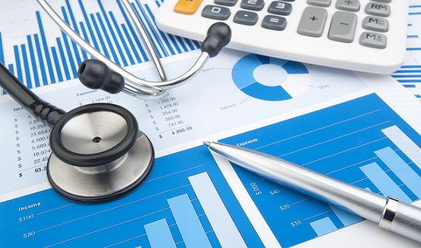 IESS lança compilação de fatores que influenciam a Variação dos Custos Médico-Hospitalares