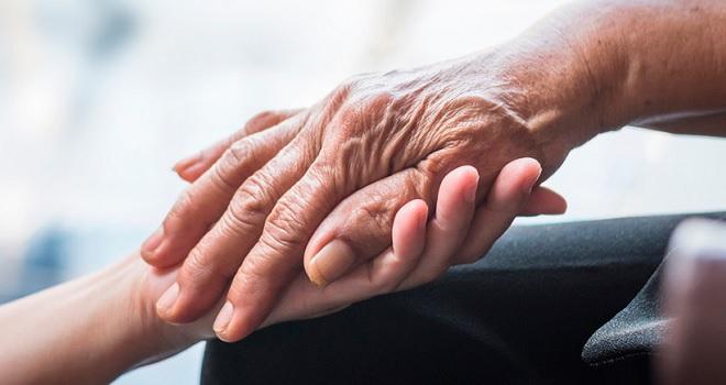 Paciente com Parkinson tem direito a home care, ainda que não previsto contratualmente