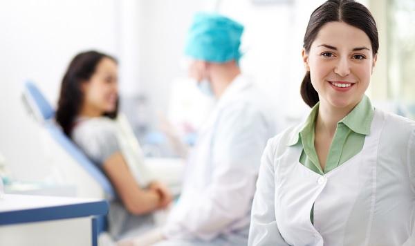 ANS terá que garantir condições para atuação de enfermeiros na rede privada