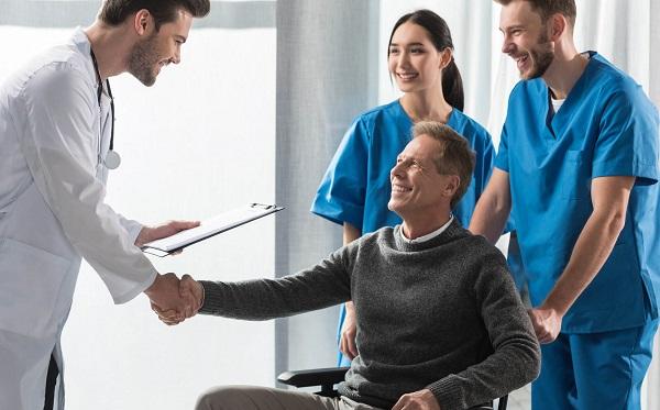 Astellas Farma abre inscrições para apoio a associações de pacientes