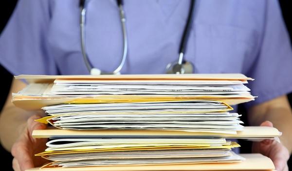 Hospital terá que dar acesso a prontuário por suspeita de troca de bebê