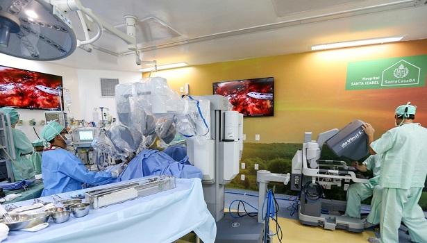 Hospital Santa Izabel completa a centésima cirurgia robótica