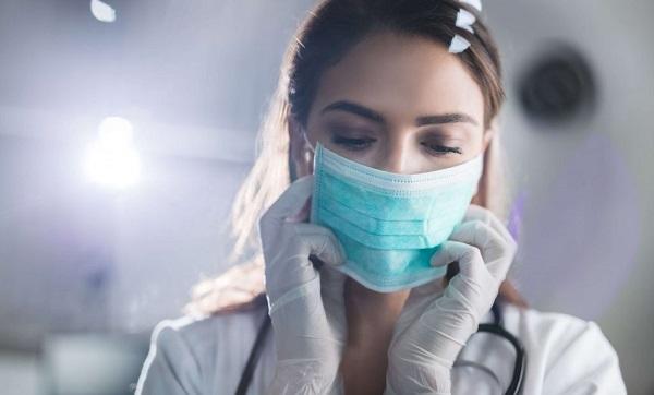 USP desenvolve método de descontaminação de máscaras hospitalares
