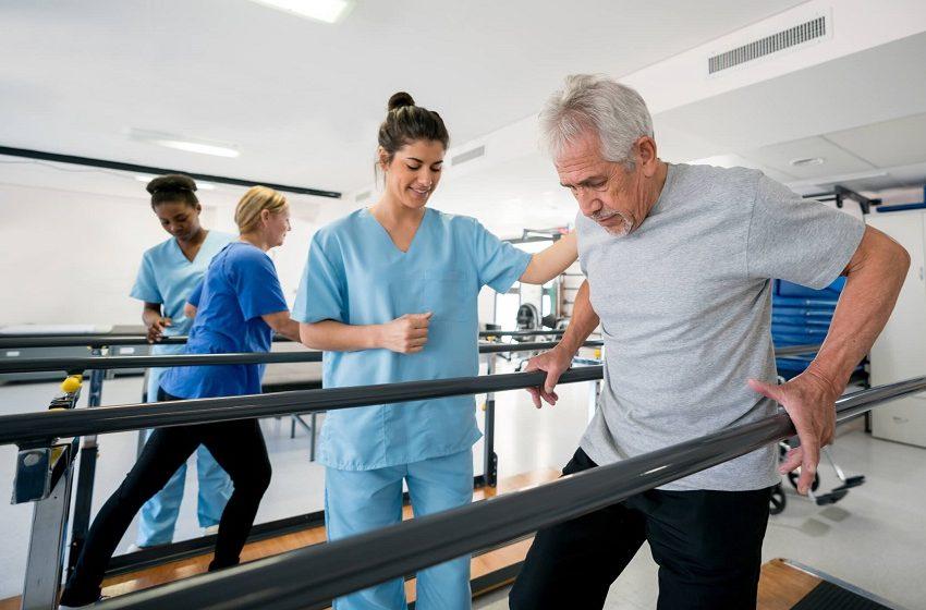 Covid: Oswaldo Cruz cria sala de reabilitação para pacientes que deixam UTI