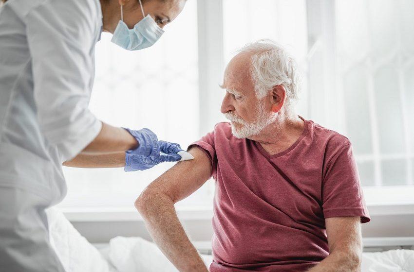 Teste de Covid-19 em instituições de idosos pode ser obrigatório