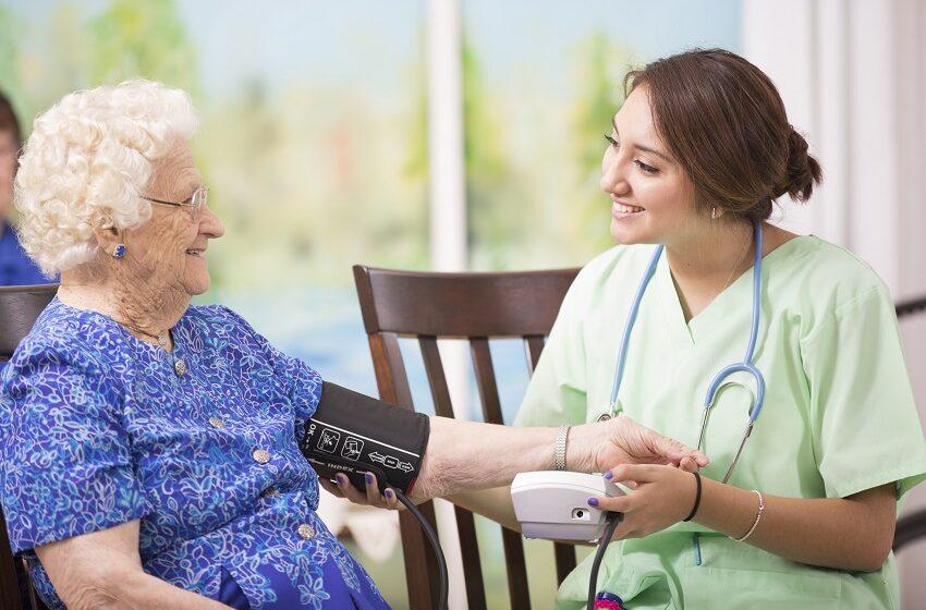 Proposta pede cobertura de atendimento domiciliar por planos de saúde