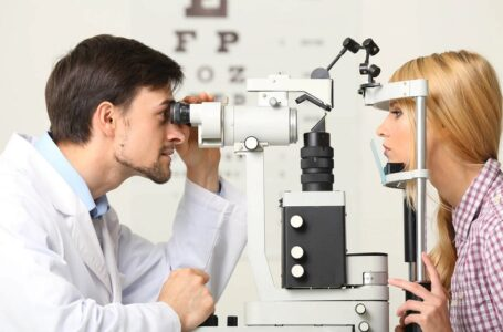 Justiça suspende lei que autorizava instalação de consultório optométrico