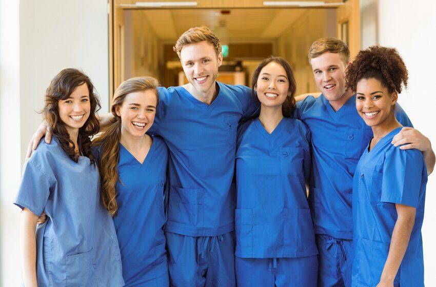 Livro analisa a importância do autocuidado de médicos
