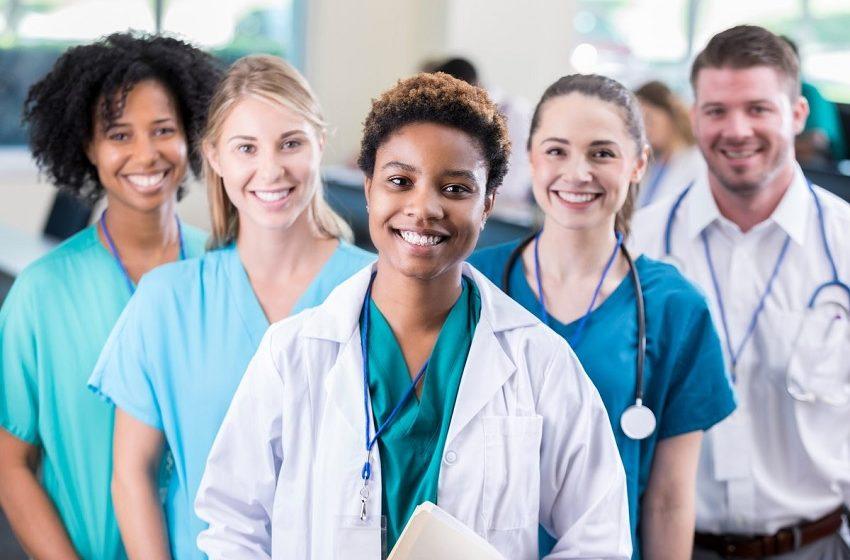 "Rede de clínicas desenvolve ""Universidade da Saúde"""