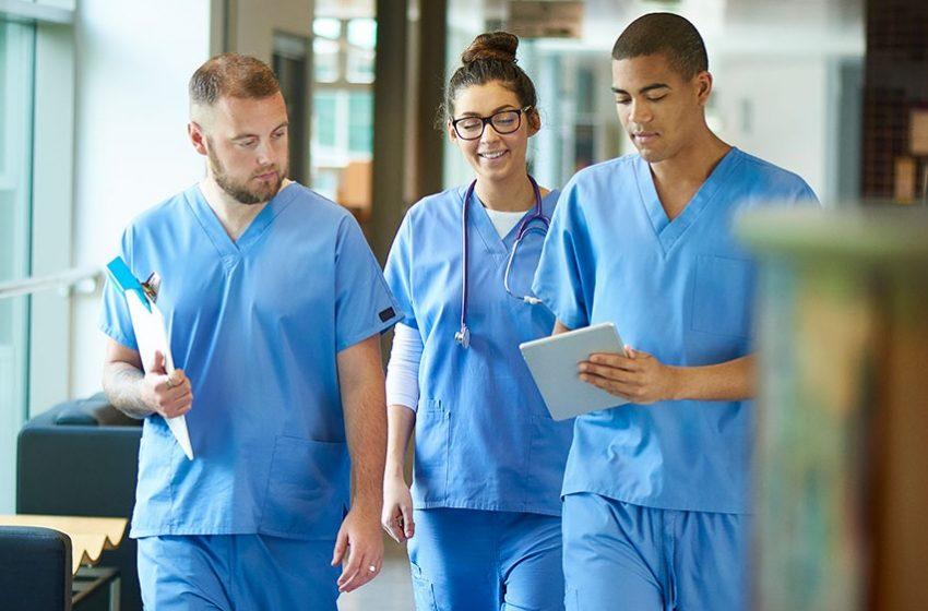 Número de empregados na cadeia da saúde cresce e ultrapassa 4,6 milhões