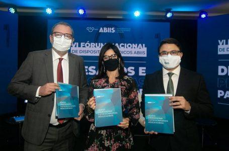 ABIIS lança livro sobre os desafios do setor de Dispositivos Médicos